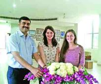 Teaching assistants from UK visit GD Goenka