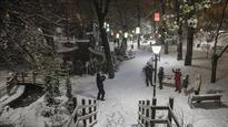 Heavy snow shuts schools, highways across Turkey