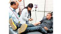 Man breaks roza to help Bihar teenager in need