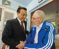 Fidel Castro meets Chinese PM at home