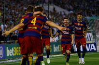 Soccer roundup - Barca stay ahead, Leicester on brink