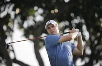 Horne takes early lead at Singapore Open