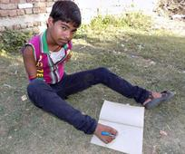This 16-Year-Old Boy Has No Arms But Scored 71% In The Class X Exams He Wrote With His Feet