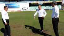 Wet outfield ends Durban damp squib