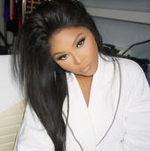 Lil Kim's shocking new face