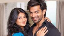 Karan Singh Grover first 'Likes' and then 'Unlikes' ex wife Jennifer Winget's Instagram pic