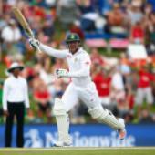 De Kock maiden Test hundred maintains South Africa benefit