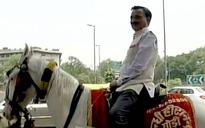 Odd-Even scheme: From horse to cycle, MPs take odd route to protest