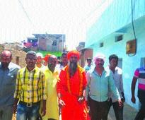 Balyogi invites Valmiki Samaj at Makhan Nagar for Simhasta fare