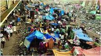 Slum dwellers return to Garib Nagar