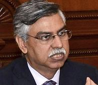 Sunil Kant Munjal steps down as Hero Group rejigs businesses