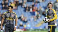 Wenger tries to calm Sanchez & Ozil fears