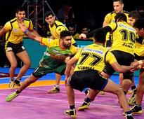 Pro Kabaddi League 2017: Pardeep Narwal shines once again as Patna Pirates thrash Telugu Titans