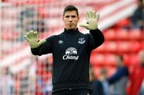 Everton FC keeper Robles not longer guaranteed place as cup keeper