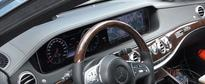2018 Mercedes S-Class Facelift Interior Revealed in Spy Clip, Central Dial Gone?
