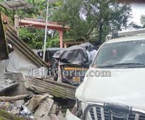 Udupi: Serial accident - Xylo smashes into four vehicles, eatery near Mandarthi
