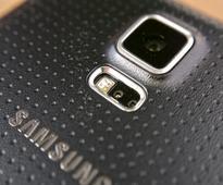 Samsung Warns Of Weaker 2016 Earnings As Slowing Demand For Smartphones Drives Down Sales