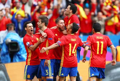 Euro: Spain optimistic after brushing past plucky Czechs