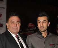 Ranbir, Rishi Kapoor to star in Awaara remake
