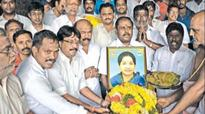 Partymen throng temples for Tamil Nadu CM