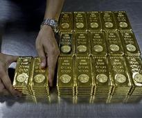 Gold reclaims Rs 26K-level; zooms Rs 290