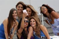 Miss Universe contestants visit Philippine Navy Headquarters