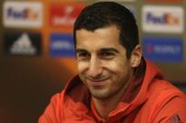 Henrikh Mkhitaryan: Manchester United haven't given up on top-four finish