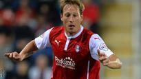 Rotherham re-sign striker Becchio