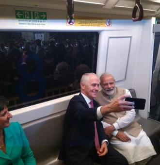 PM, Turnbull's selfie moment on the way to Akshardham temple