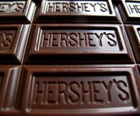 Mondelez's move on Hershey sends shivers down cocoa mkt