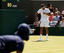 Wimbledon 2017: Jo-Wilfried Tsonga, Sam Querrey bugged by flying ant infestation on Day 3 at All England Club