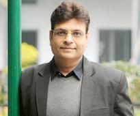 Lyricist Irshad Kamil charged only Re. 1 to pen lyrics of 'Pink Anthem'