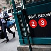 Dow Hits Record High on Strong Earnings, Oil Glut