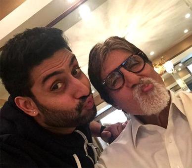 Amitabh Bachchan NOT hosting a political event: Abhishek