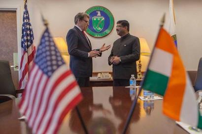 Pradhan discusses LNG imports with US counterpart
