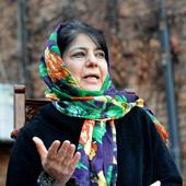 Mehbooba Mufti downplays displaying of ISIS and Pakistan flags in Jammu and Kashmir