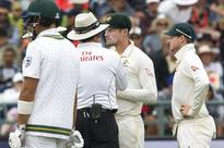 Watch: Bancroft caught on camera for ball-tampering, 'cheat' tag haunts Captain Smith & Australia again!