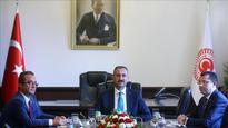 Turkish parties meet to discuss constitutional changes