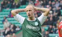 Leigh Griffiths wants to stay with Hibernian