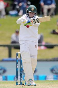 Shakib ton gives Bangladesh healthy lead against Sri Lanka