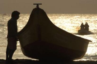 Sri Lankan navy arrests 16 TN fishermen