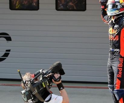 Red Bull's Ricciardo wins Chinese Grand Prix