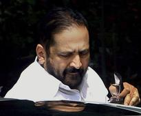Chautala, Kalmadi in eye of storm following IOA appointment