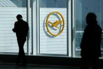 Lufthansa, Air France departures briefly hit by computer outage