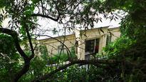 Luxury car dealer Neville Crichton sells Point Piper home for more than $60 million