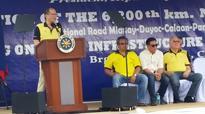 In Capiz, Aquino pulls for Roxas, Robredo