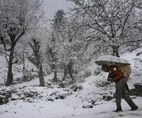 Jammu & Kashmir: Avalanche hits two Army posts on LoC, 5 soldiers missing