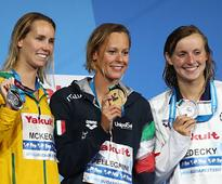 FINA World Championships: Federica Pellegrini pips favourite Katie Ledecky to win 200m freestyle gold