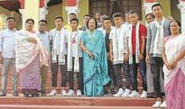 Rs 5 lakh cheque each to magnificent 8 Najma, CM felicitate U17 WC players