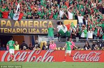 Mexico 2-0 Jamaica: Javier Hernandez and Oribe Peralta strike to seal Copa America quarter-final spot